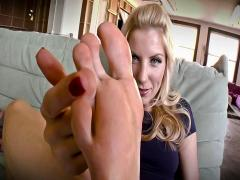 Super hot blonde slut plays with food using her sexy feet!
